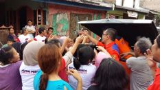 004 Rescue Perindo Bantu Korban Paska Banjir Bekasi