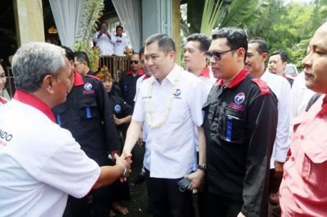 ht-membangun-indonesia-harus-membangun-masyarakatnya