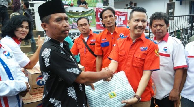 Rescue Perindo Bantu Korban Banjir Bandang di Subang