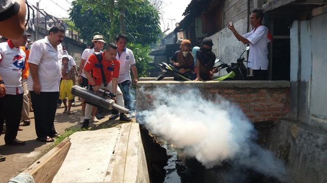 Cegah Penyakit DBD, Rescue Perindo Gelar Fogging di Sawah Besar dan Jateng