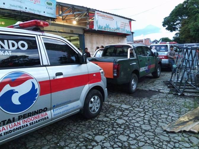 Rescue Perindo Terjunkan Empat Ambulance untuk Korban Banjir Garut