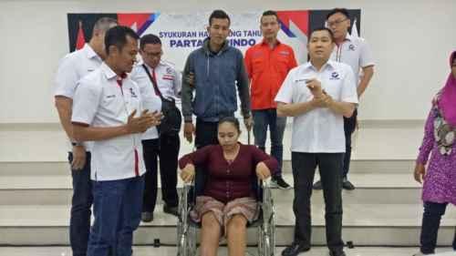 2 TAHUN PERINDO : Bantuan Kursi Roda Bukti Komitmen Rescue Perindo