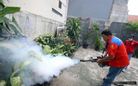 fogging-perindo-untuk-jawab-permintaan-masyarakat-wtintiki790-1