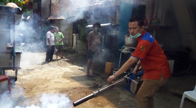 Perindo Fogging Wilayah Gambir Antisipasi Penyebaran DBD