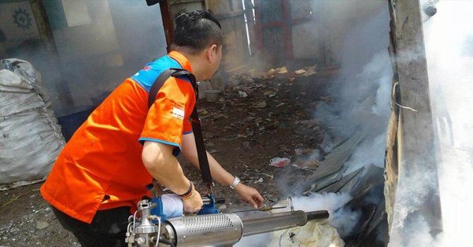 Rescue Perindo Fogging 1.000 Rumah Warga di Cikarang