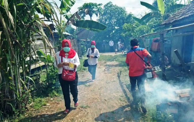 Rescue Perindo Fogging Ratusan Rumah di Banyuasin